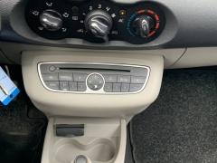 Renault-Twingo-17