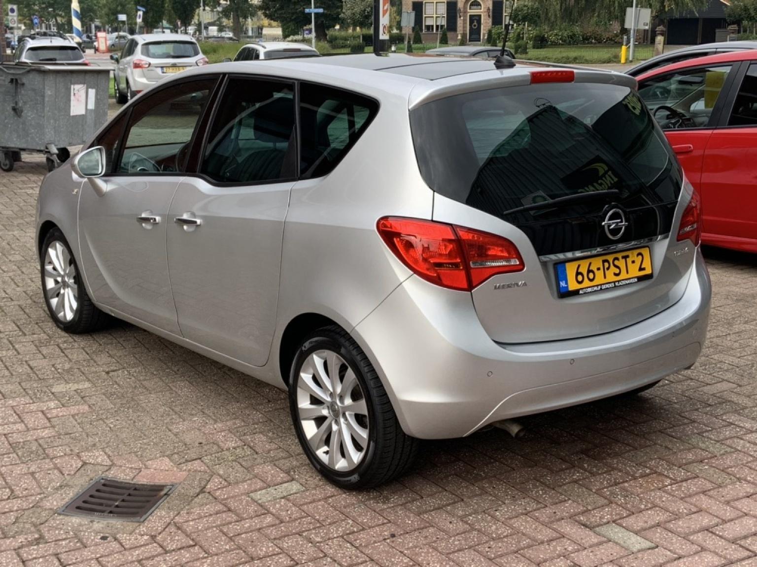 Opel-Meriva-11