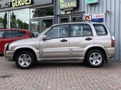 Suzuki-Grand Vitara-2