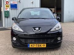 Peugeot-207-9