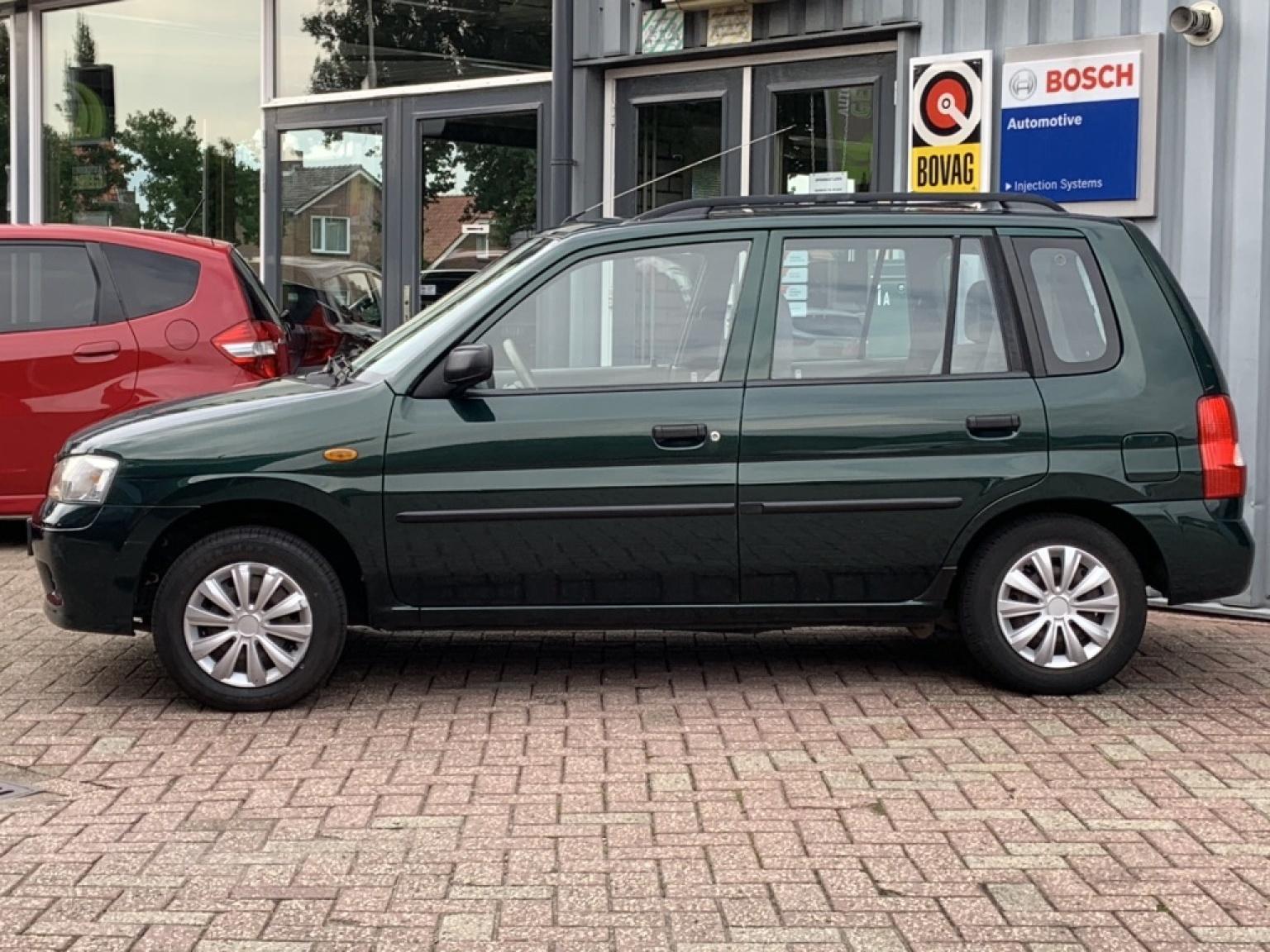 Mazda-Demio-2