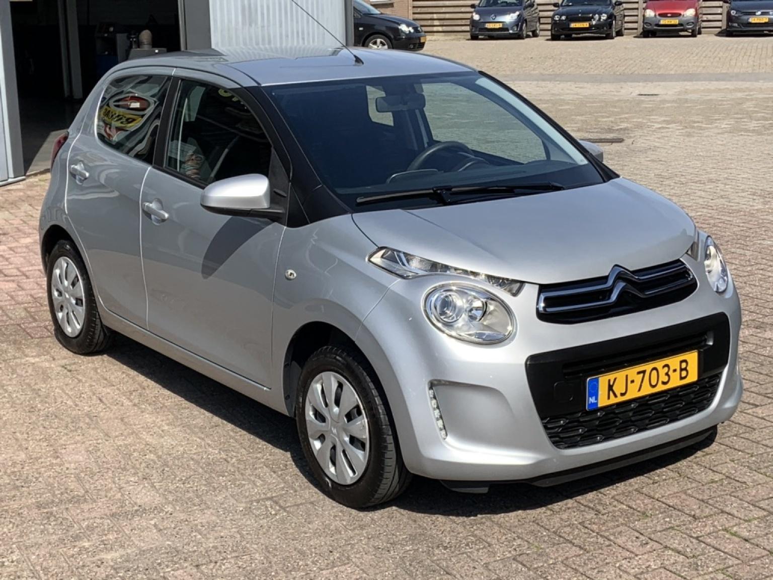 Citroën-C1-11