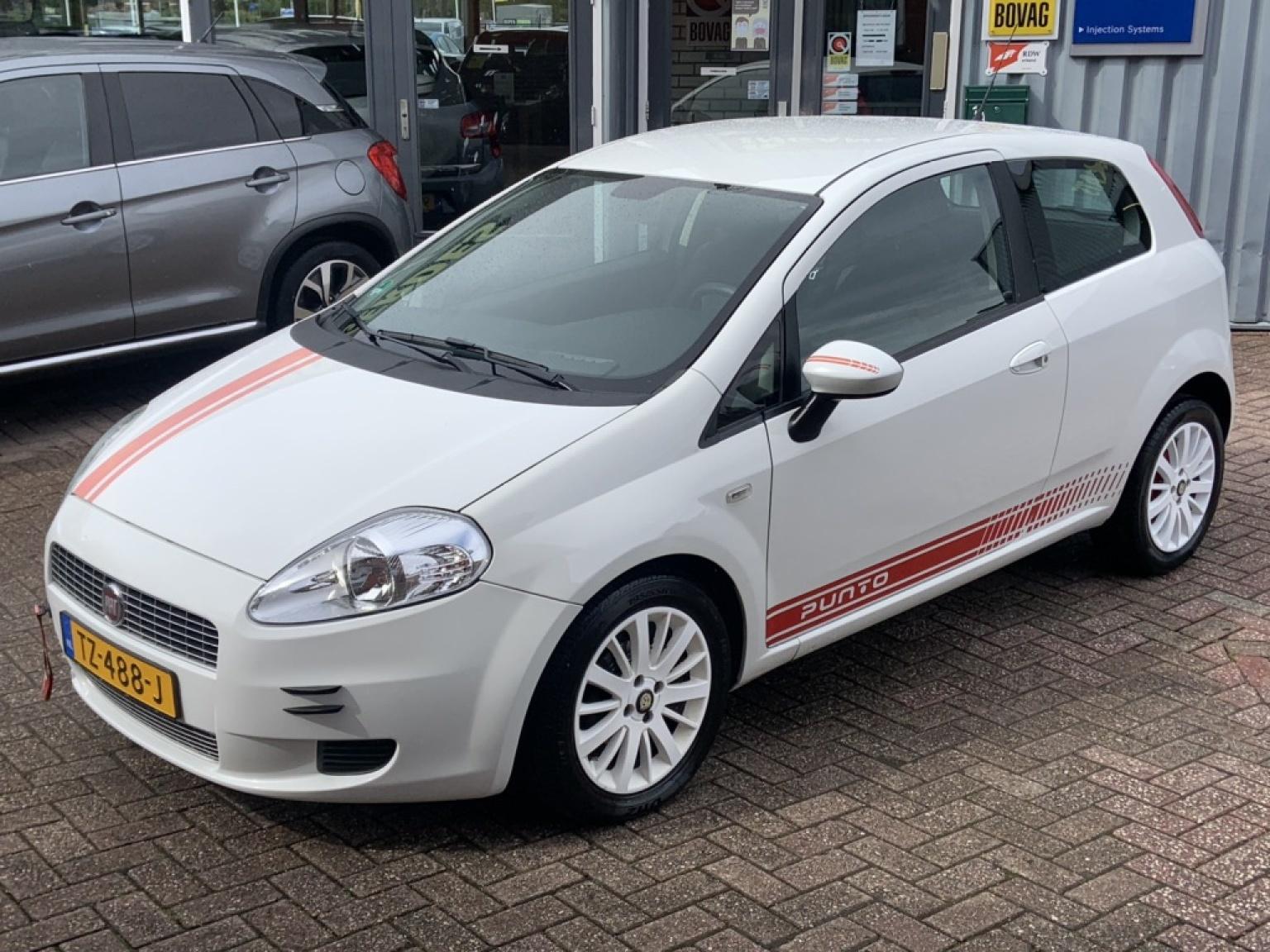 Fiat-Grande Punto-10