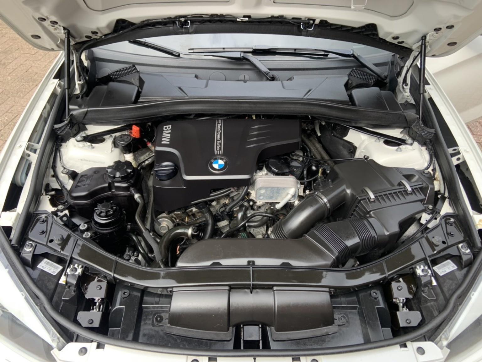 BMW-X1-22
