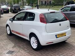 Fiat-Grande Punto-11