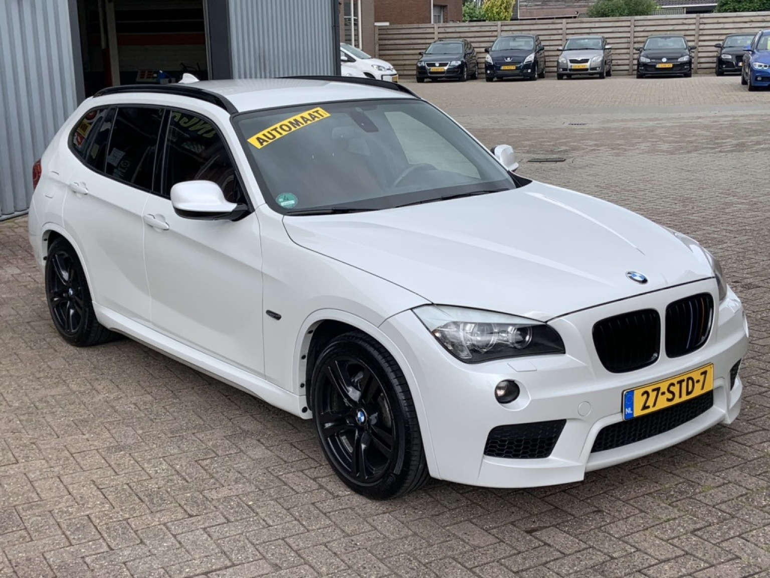 BMW-X1-13