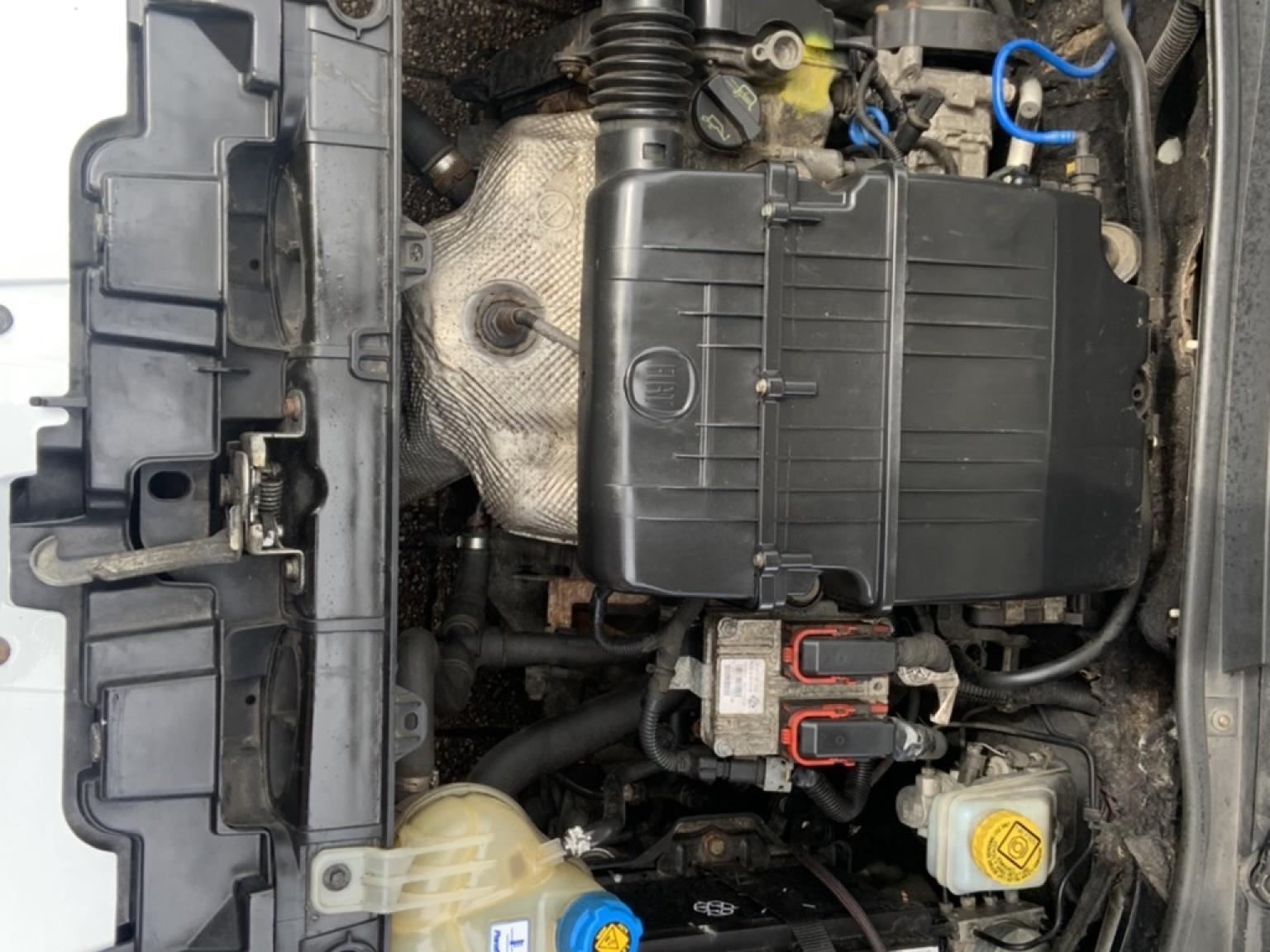 Fiat-Grande Punto-22