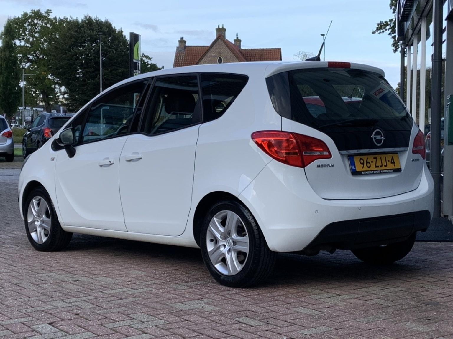 Opel-Meriva-2